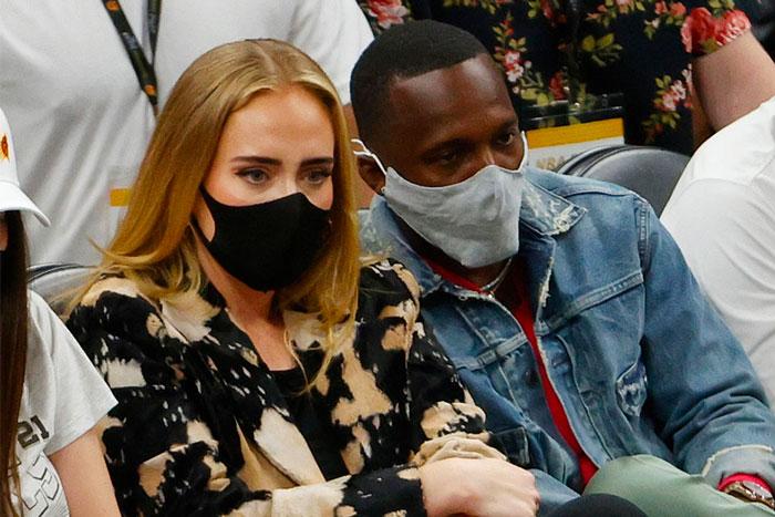 Lil Wayne和Adele在NBA决赛后场碰面拥抱