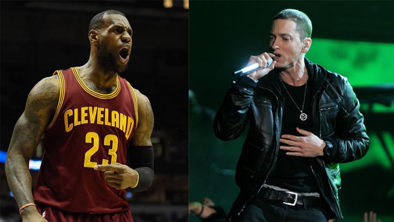回顾:球场边勒布朗说唱Eminem的Verse